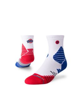 TUNE SQUAD HOOPS QTR SOCKS