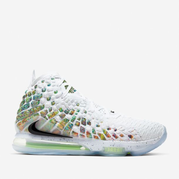 LEBRON 17 COMMAND FORCE