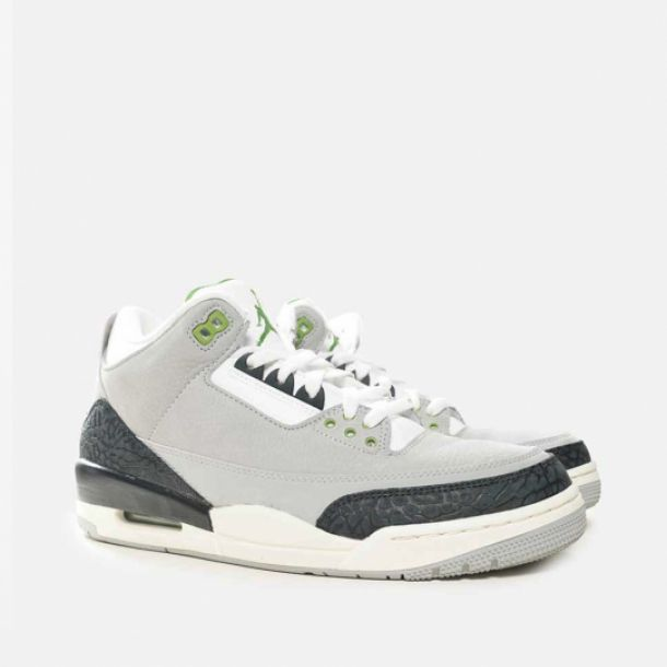 best loved f7c0f fc757 JORDAN III CHLOROPHYLL   Jordan   136064-006   Double Clutch