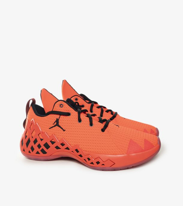 JUMPMAN DIAMOND LOW BRIGHT CRIMSON