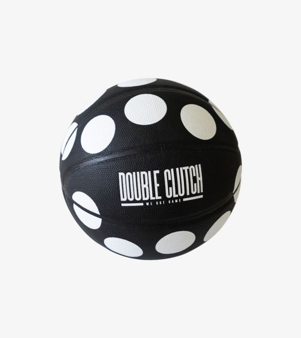 DOUBLE CLUTCH POIS BASKETBALL