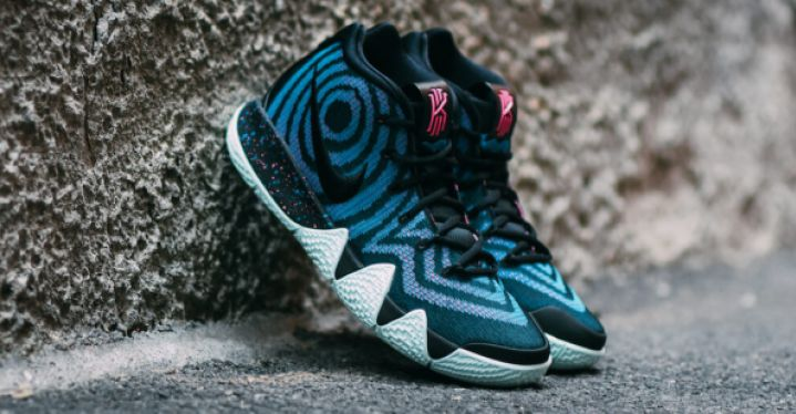 4207b12162f67 KYRIE 4 BLACK | Nike | 943806-007 | Double Clutch