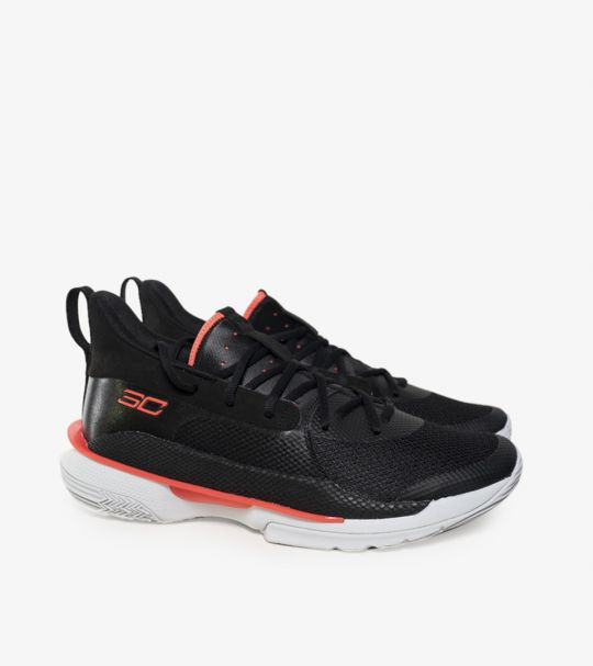CURRY 7 BLACK