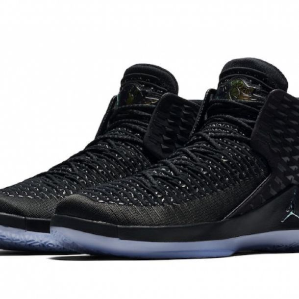 JORDAN XXXII BLACK CAT