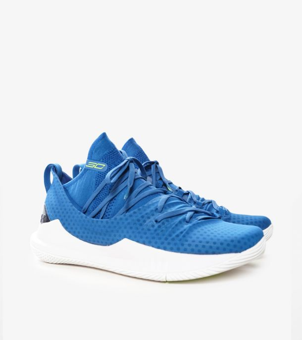 CURRY 5 BLUE