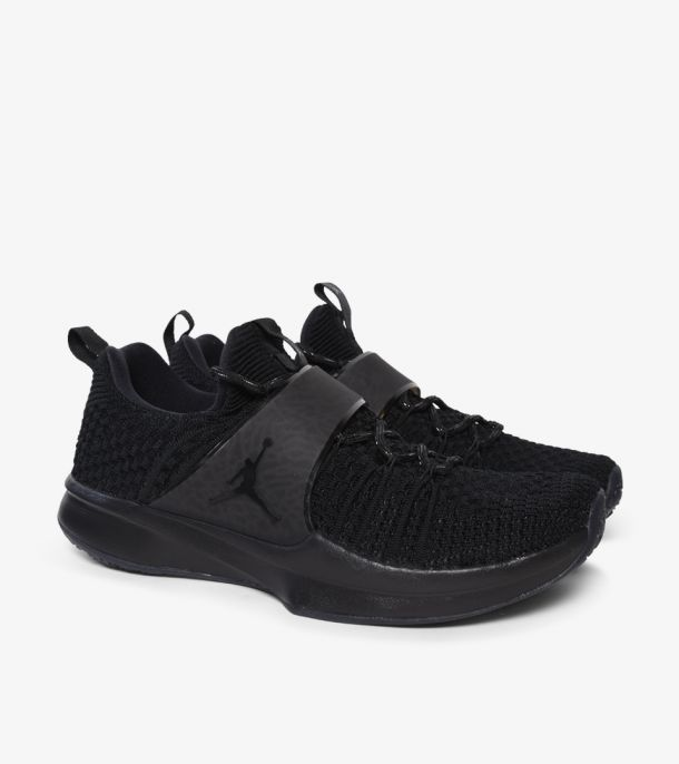 TRAINER 2 FLYKNIT TRIPLE BLACK