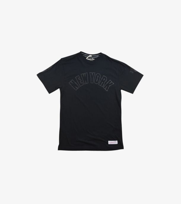 NEW YORK KNICKS BANK SHOT TEE
